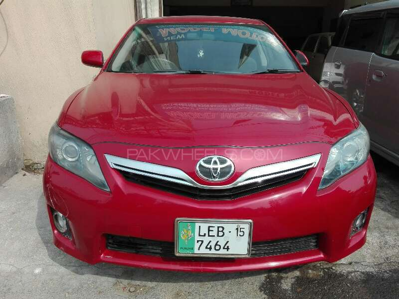 toyota camry hybrid 2010 for sale in lahore pakwheels. Black Bedroom Furniture Sets. Home Design Ideas