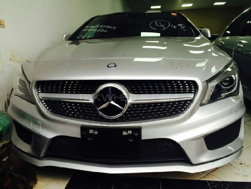 Mercedes benz cla class cla180 2013 for sale in lahore for Mercedes benz cla 2013
