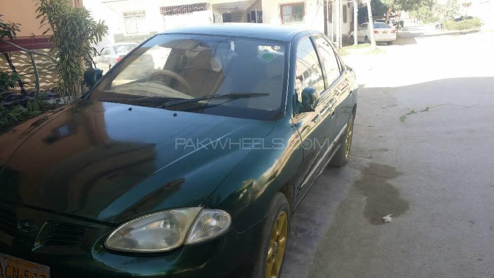 Hyundai Elantra 1999 Image-1