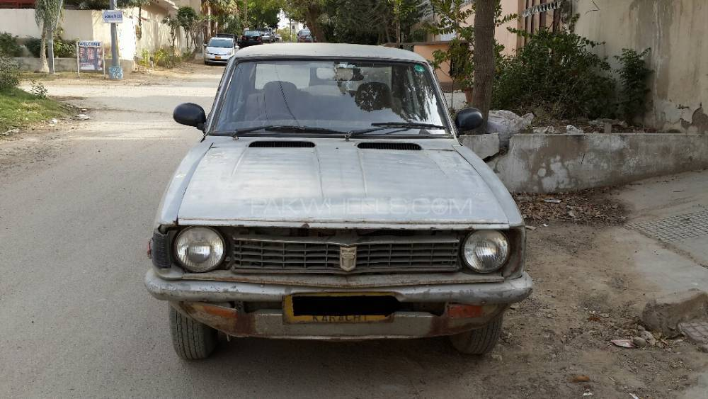 toyota corolla 1972 for sale in karachi pakwheels. Black Bedroom Furniture Sets. Home Design Ideas