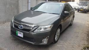 Slide_toyota-camry-2-4-up-specs-automatic-2012-15103440