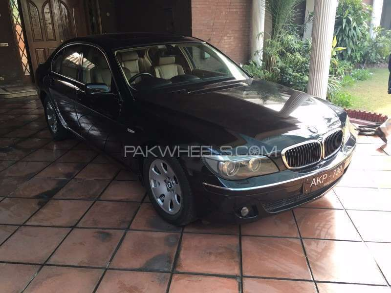BMW 7 Series 730i 2006 Image-1