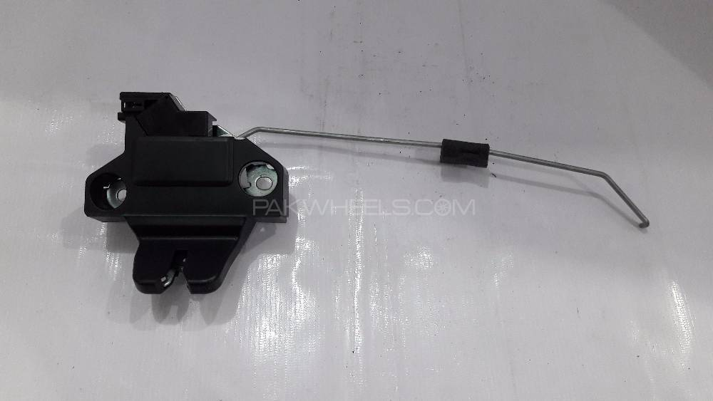 Trunk Lock Toyota Genuine Corolla 2008 - 2013 - MC in Lahore