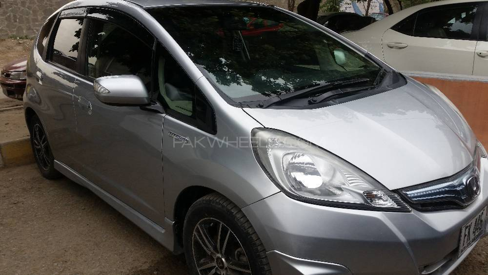 Honda Fit L Smart Style Edition 2012 Image-1