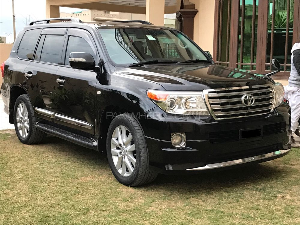 toyota land cruiser ax g 60th black leather selection 2008. Black Bedroom Furniture Sets. Home Design Ideas