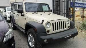Slide_jeep-wrangler-mountain-2011-15523162