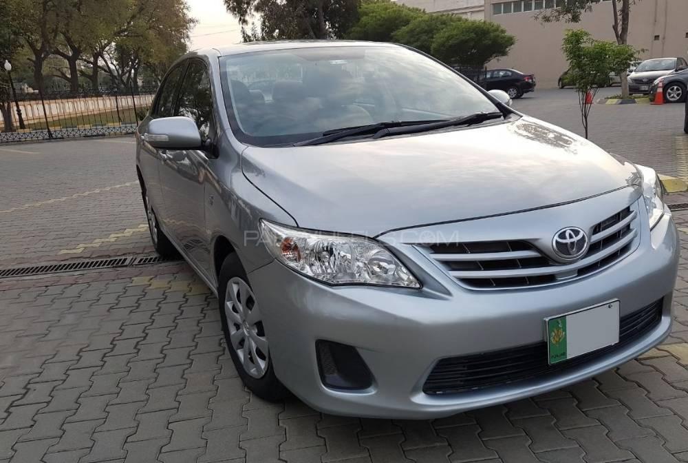 Toyota Corolla Gli Automatic 1 6 Vvti 2013 For Sale In Lahore Pakwheels