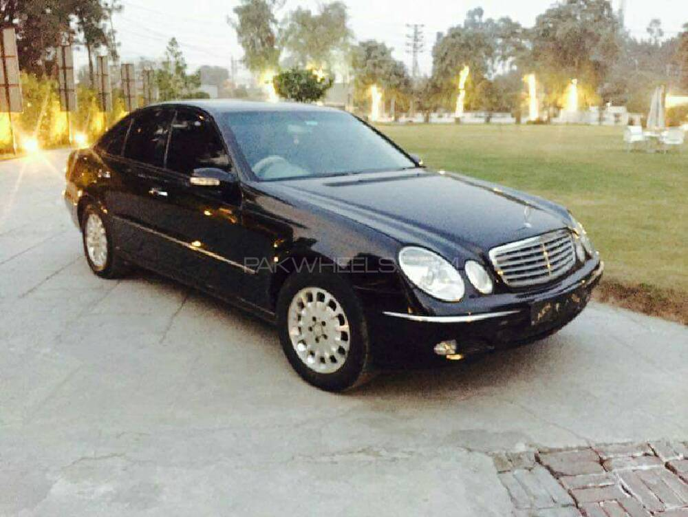 mercedes benz e class e270 cdi 2003 for sale in sargodha pakwheels. Black Bedroom Furniture Sets. Home Design Ideas