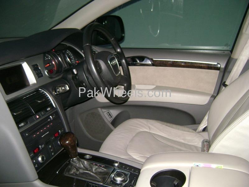 Audi Q7 3.6 FSI 2009 Image-2