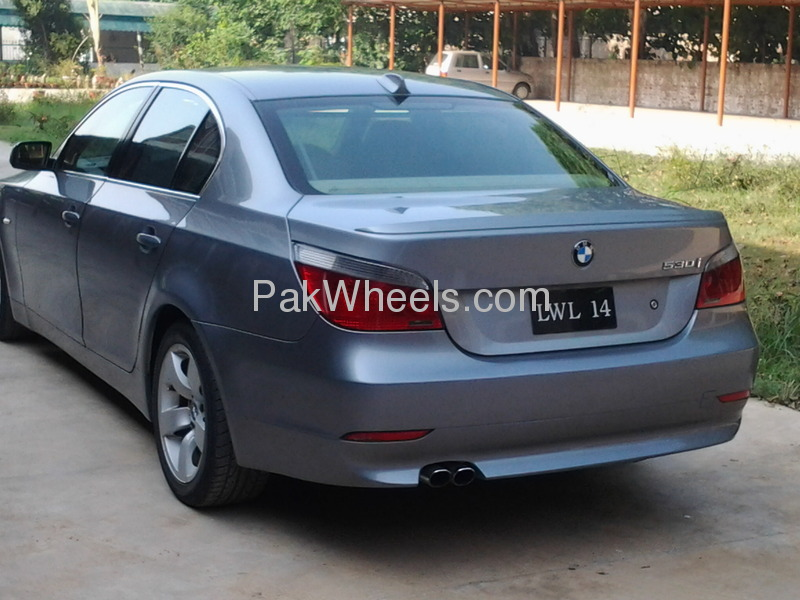 BMW 5 Series 530i 2005 Image-2
