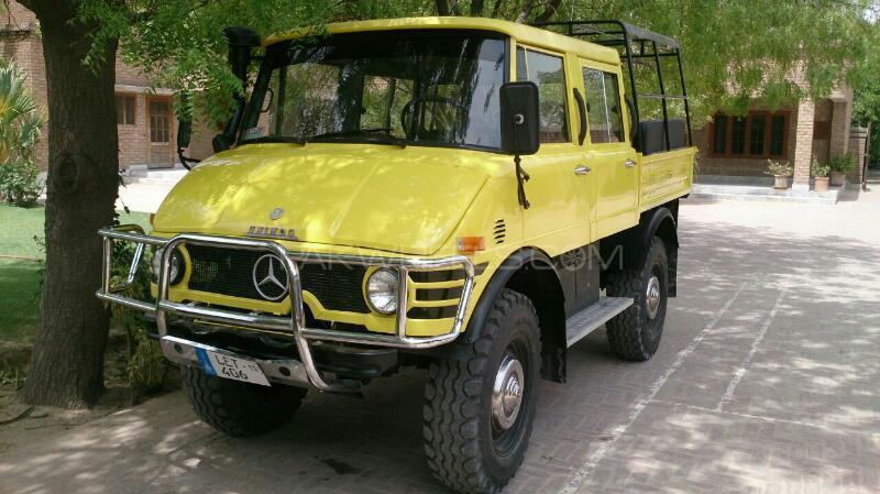Mercedes Benz Unimog 1984 Image-1
