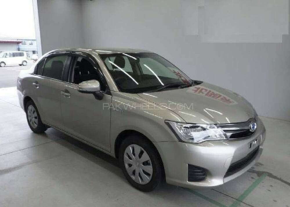 toyota corolla axio g 2013 for sale in karachi pakwheels