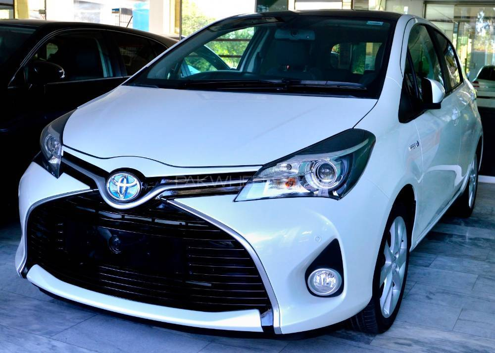 Toyota Vitz Rs 1 5 2014 For Sale In Islamabad Pakwheels