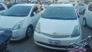 Slide_toyota-prius-g-touring-selection-1-5-2007-15982431