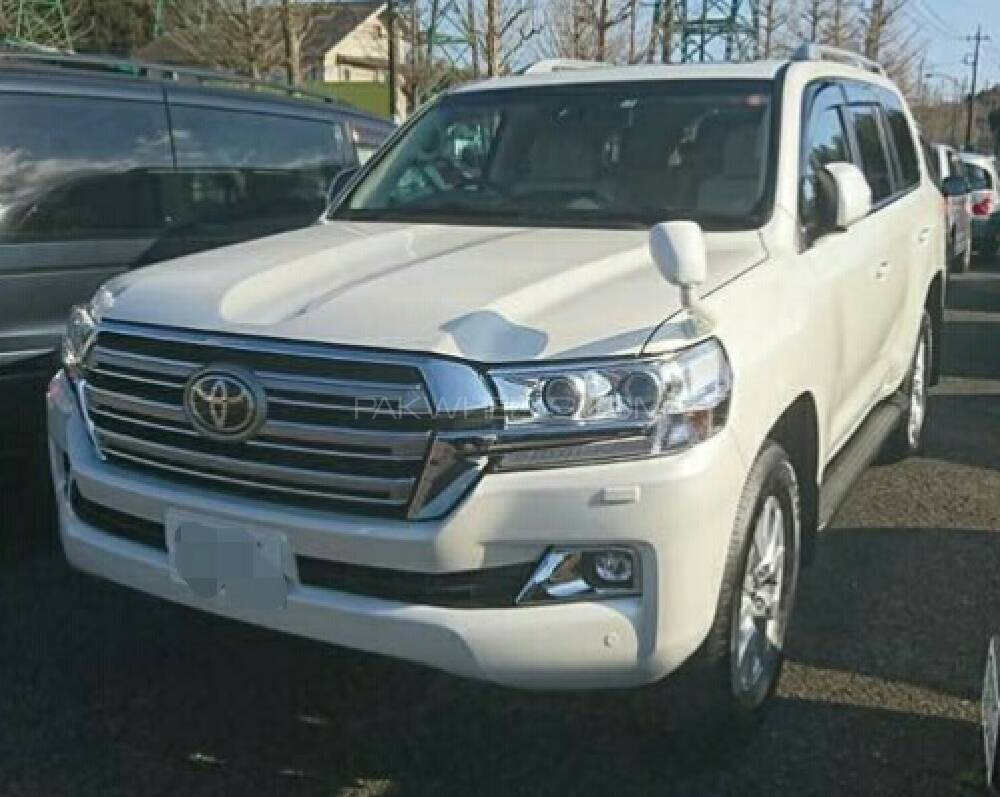 toyota land cruiser 2017 for sale in lahore pakwheels. Black Bedroom Furniture Sets. Home Design Ideas