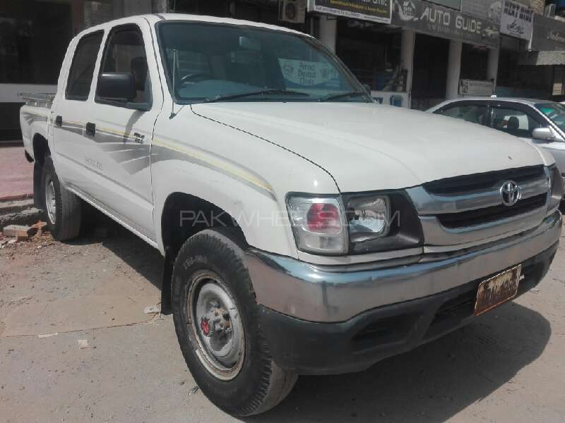 Perfect Toyota Hilux Double Cab 2003