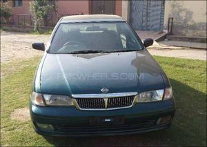 Slide_nissan-sunny-1-3-executive-saloon-m-t-cng-2002-16068249