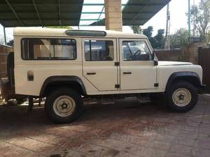 Slide_land-rover-defender-110-1995-16214224