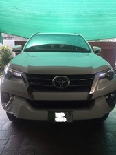 Slide_toyota-fortuner-2-7-automatic-2017-16431665