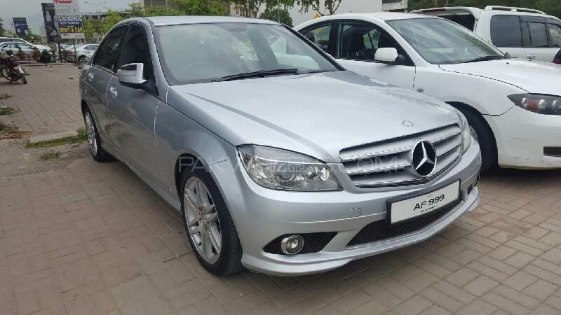 mercedes benz c class c200 2009 for sale in islamabad. Black Bedroom Furniture Sets. Home Design Ideas
