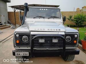 Slide_land-rover-defender-110-2013-16564813