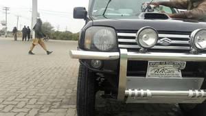 Slide_suzuki-jimny-jldx-m-t-2012-16561244