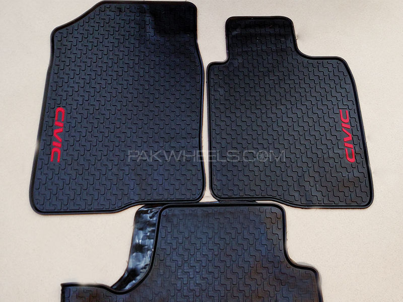 Rubber Floor Mats for Civic 2016-2017- Black in Lahore