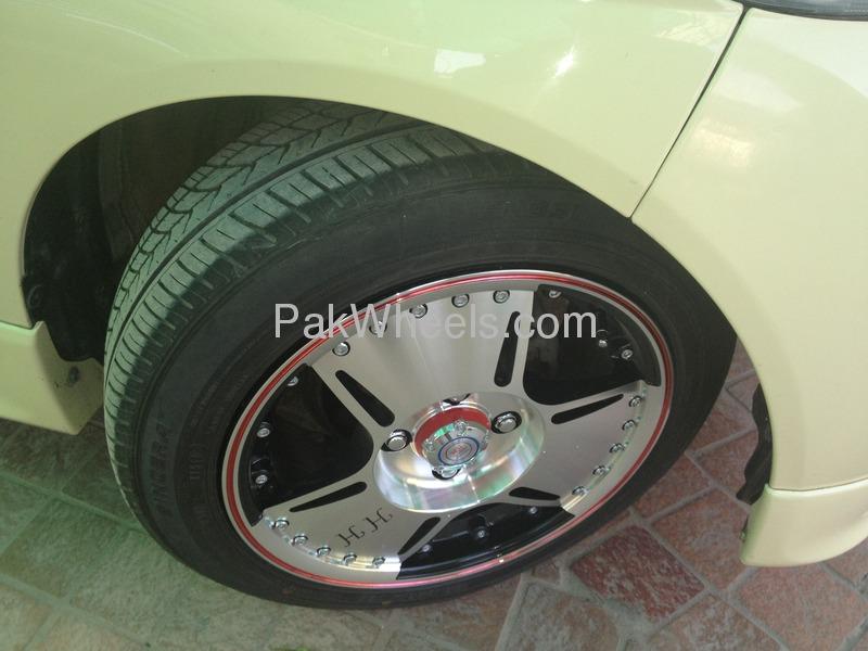 Daihatsu Esse Custom 2007 Image-4