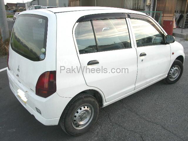Mitsubishi Minica Black Minica 2007 Image-4