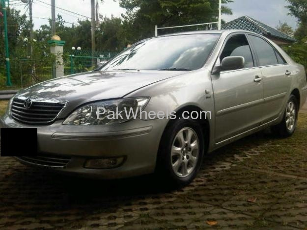 Toyota Camry Up-Spec Automatic 2.4 2003 Image-2