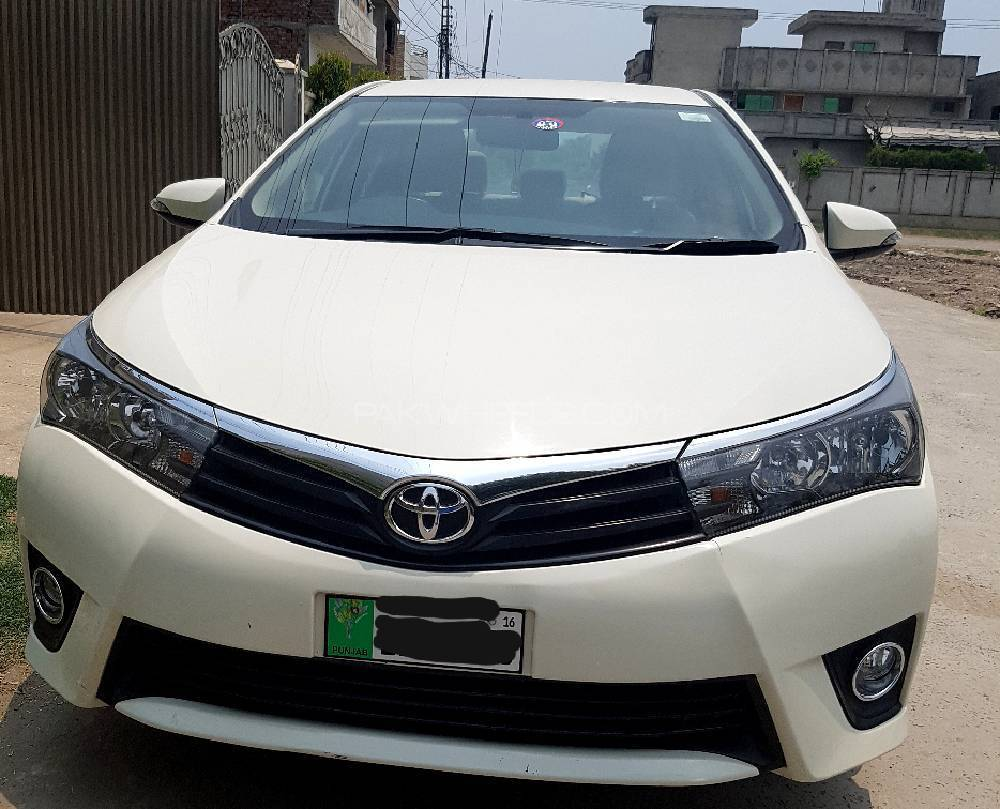 toyota corolla xli vvti 2015 for sale in lahore pakwheels. Black Bedroom Furniture Sets. Home Design Ideas