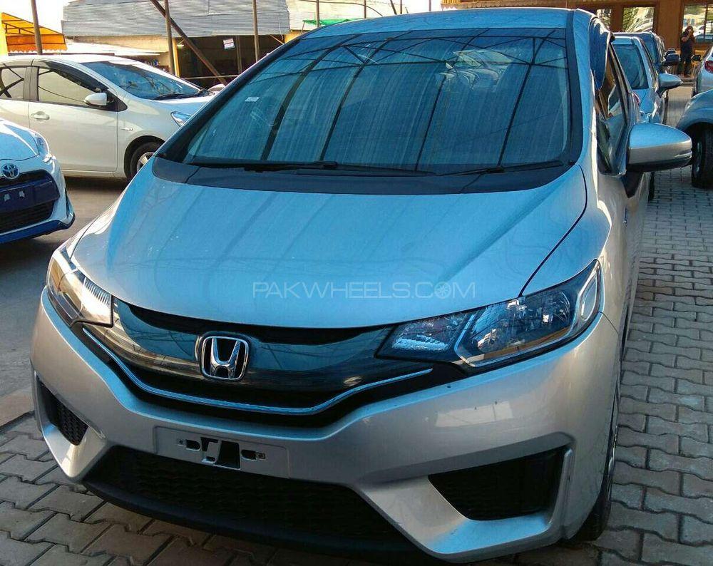 Honda Fit Hybrid Base Grade 1.5 2014 Image-1