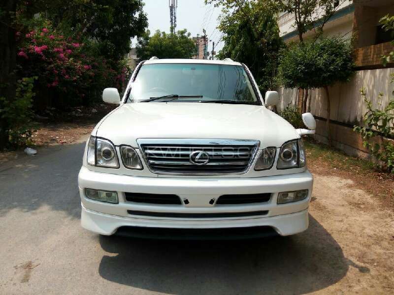 Toyota Land Cruiser Cygnus 2004 Image-1