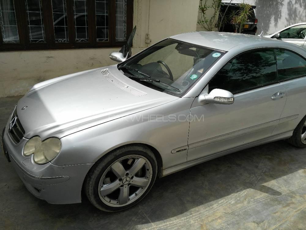 Mercedes Benz CLK Class 2008 Image-1