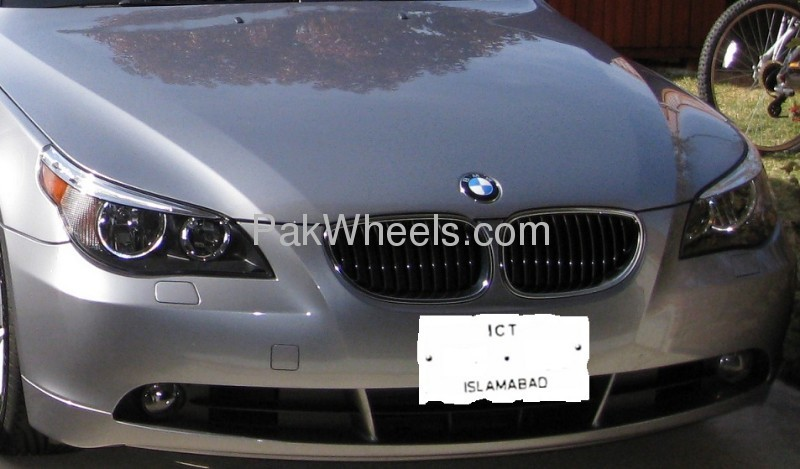 BMW 5 Series 525i 2008 Image-1