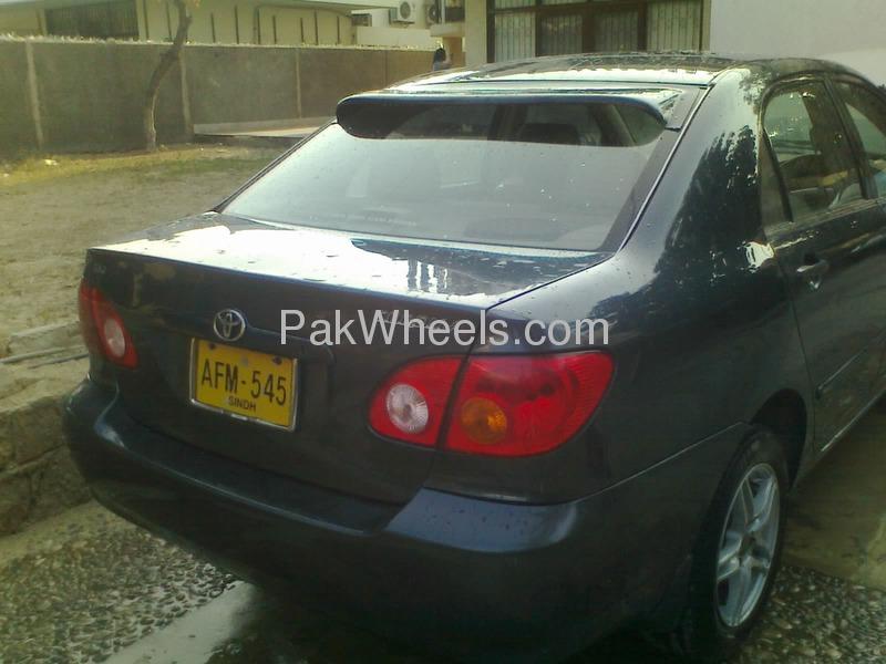Toyota Corolla GLi 1.3 2004 Image-2