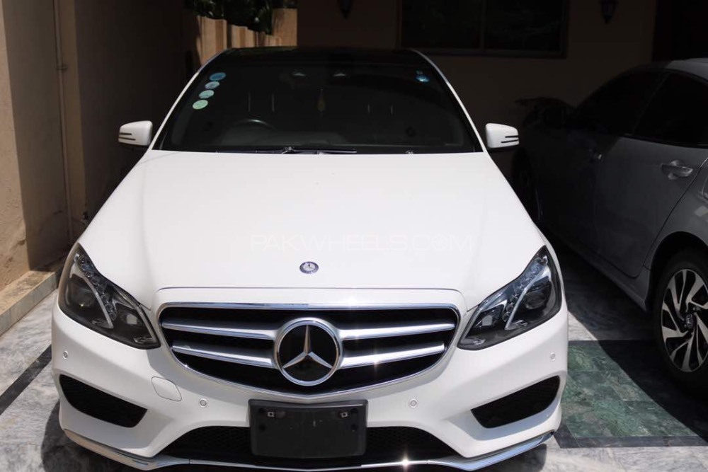 mercedes benz e class e250 2014 for sale in lahore pakwheels. Black Bedroom Furniture Sets. Home Design Ideas
