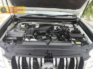 TOYOTA PRADO 2012 TX PEARL WITH BEIGE ROOM SUNROOF SEVEN SEATER  4 .5 GRADE ONLY 23000 KM DONE