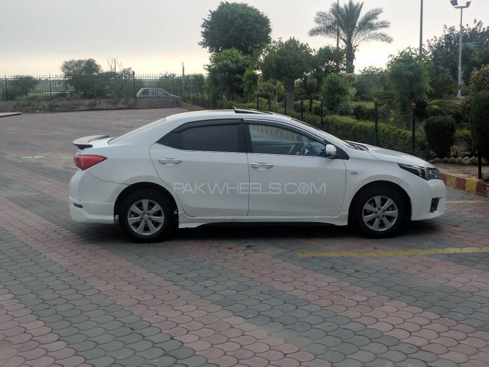 toyota corolla altis cars for sale in pakistan pakwheels autos post. Black Bedroom Furniture Sets. Home Design Ideas