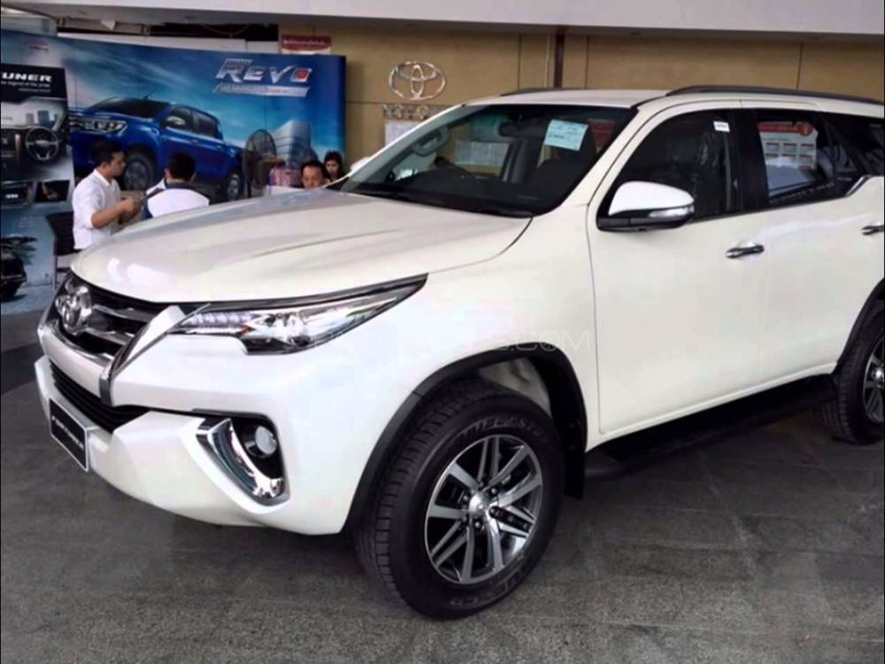 Toyota Fortuner 2.7 VVTi 2017 for sale in Lahore | PakWheels