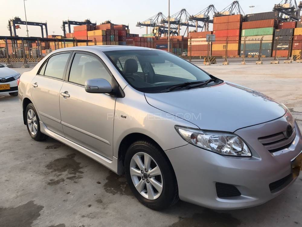 toyota corolla altis sr cruisetronic 1 8 2010 for sale in karachi pakwheels. Black Bedroom Furniture Sets. Home Design Ideas
