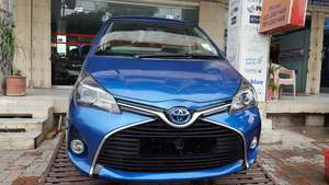 Slide_toyota-yaris-2014-17602741