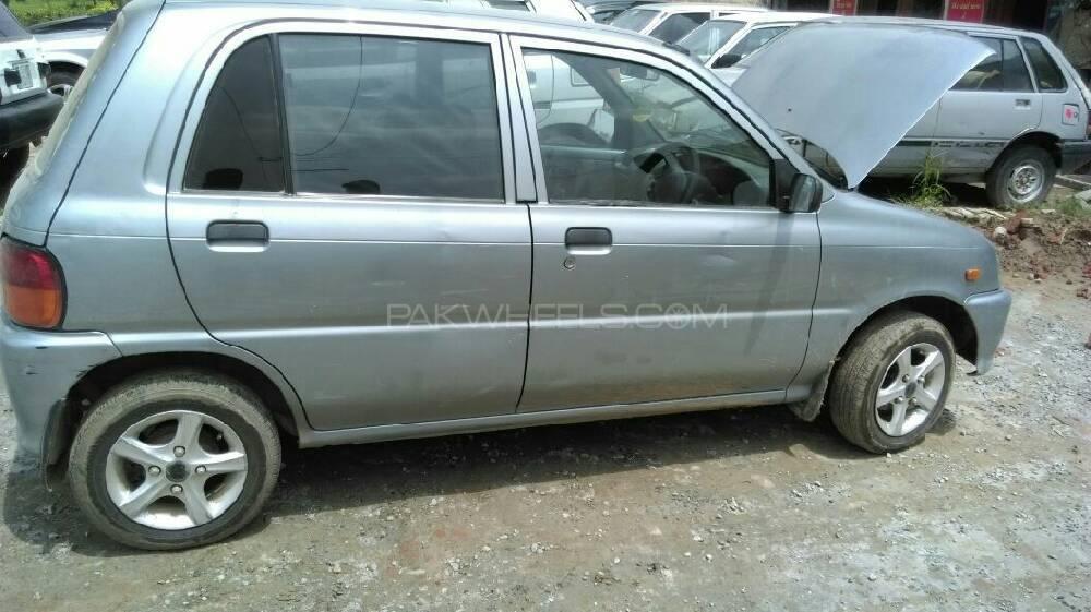Daihatsu Cuore CL 2009 Image-1