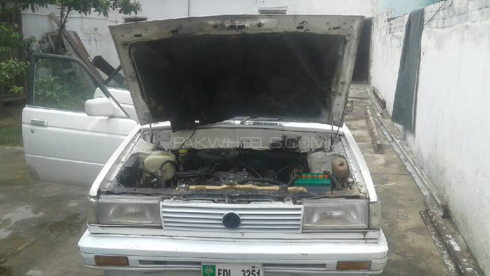 Nissan Sunny JX 1987 Image-1