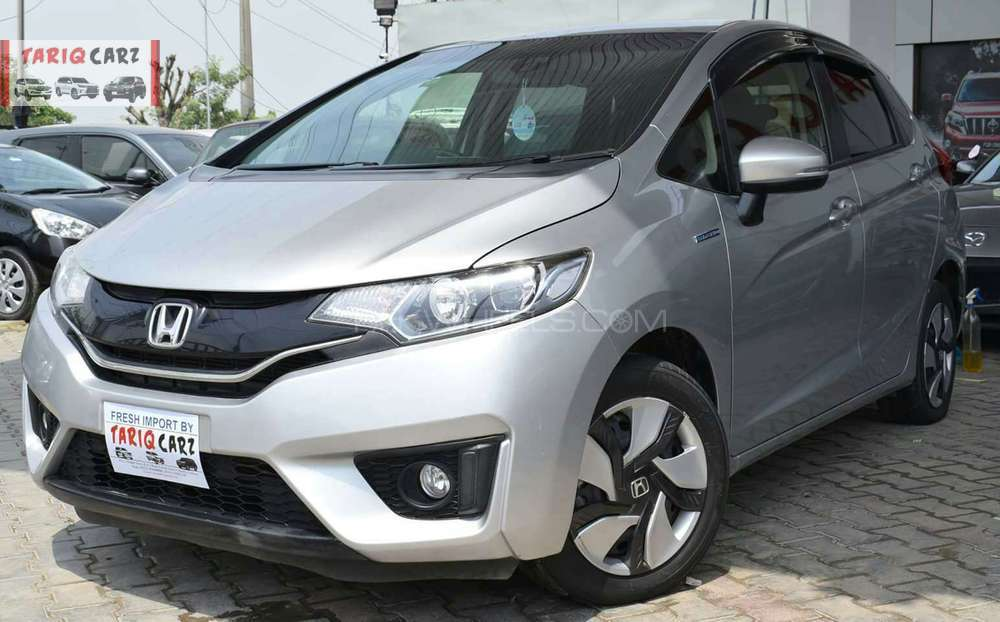 Honda Fit F Package 2015 Image-1
