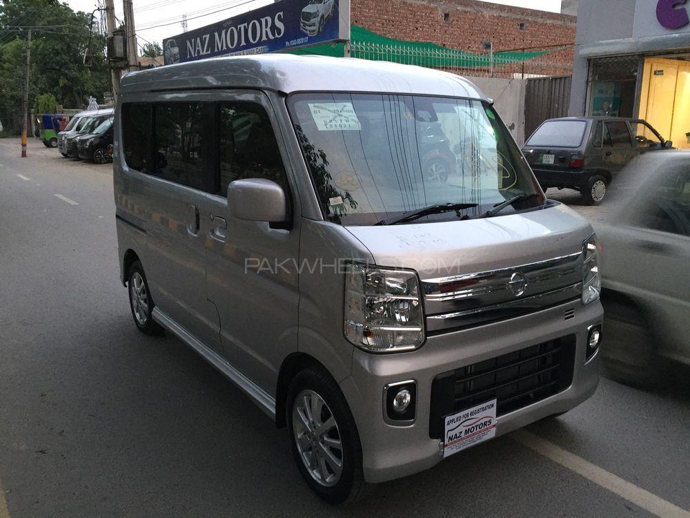 Suzuki Every Wagon JP 2016 Image-1