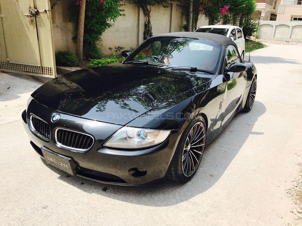 BMW Z4 2005 Image-1