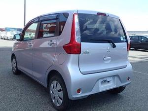 Slide_mitsubishi-ek-wagon-m-2014-17885685