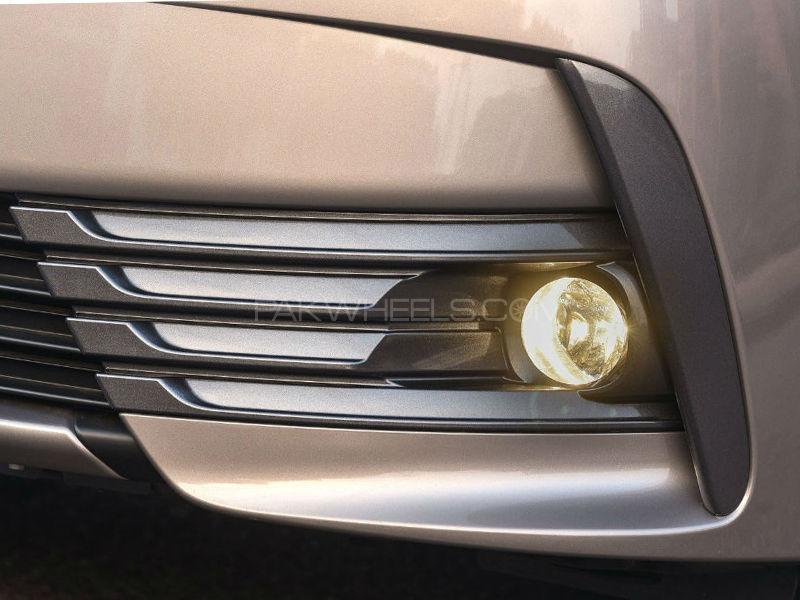 New Uplift Corolla 2017 Fog Lights Set - Glass in Lahore