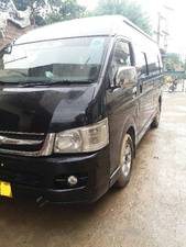 Slide_toyota-hiace-3-0-high-roof-2012-18088144